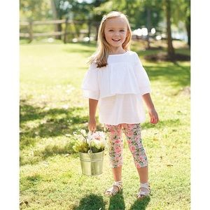 Mudpie White Tunic and Floral Legging Set
